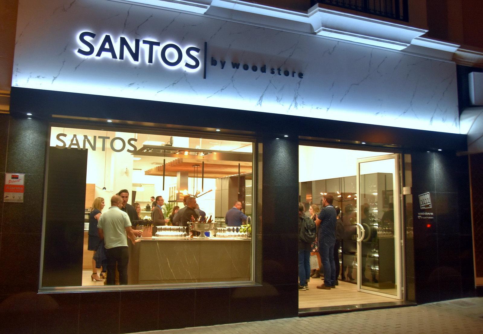 Wood Store inaugura en Lanzarote un nuevo espacio de exposición de cocinas Santos